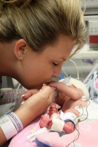 Bobbi and Lexie Neusch in the NICU